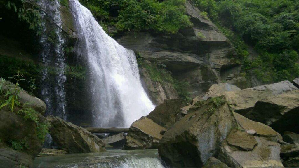 Tinap Saitar Waterfall